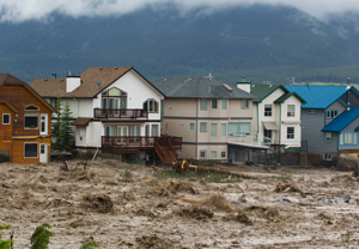 alberta flood resized 600