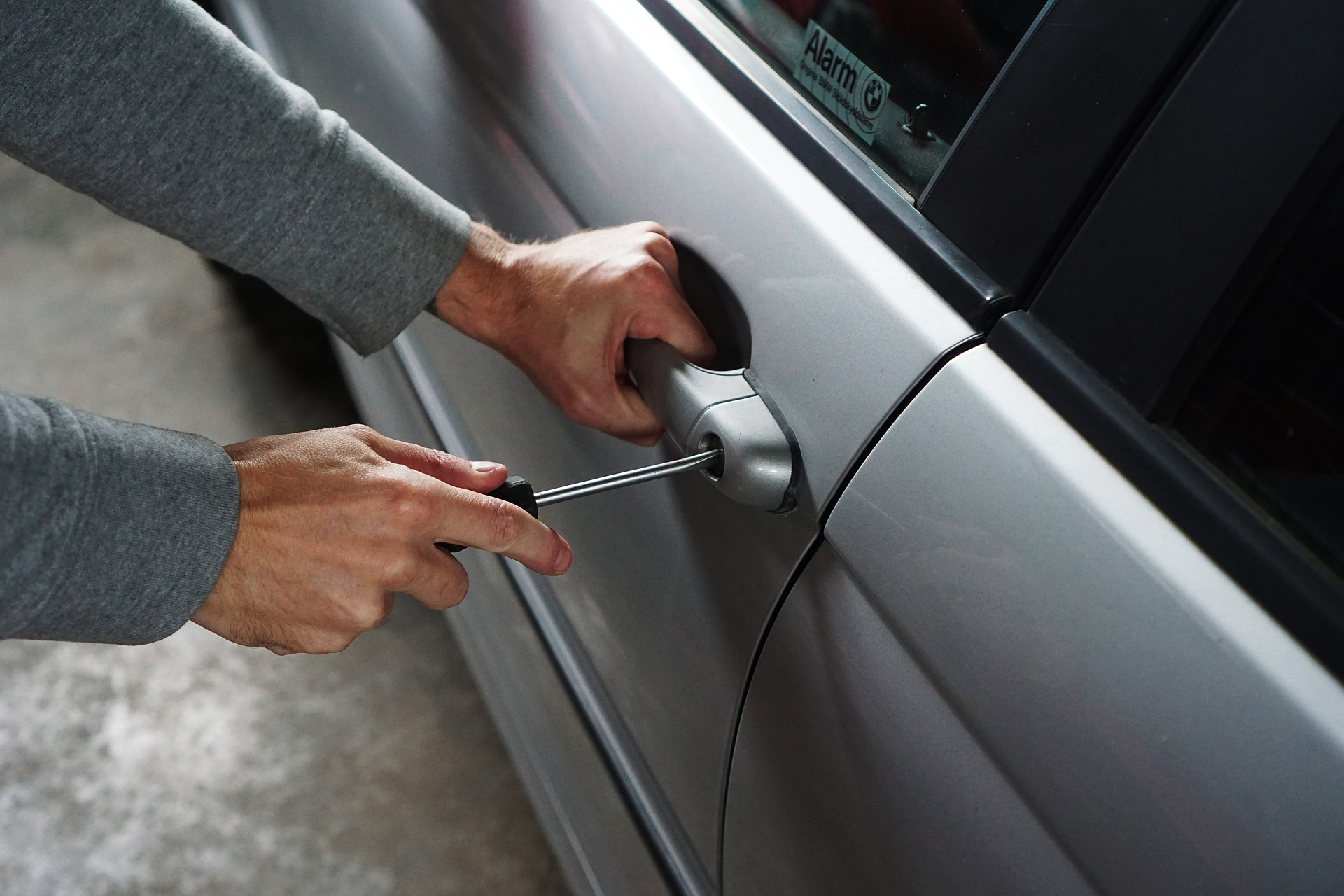Tips To Prevent Vehicle Theft